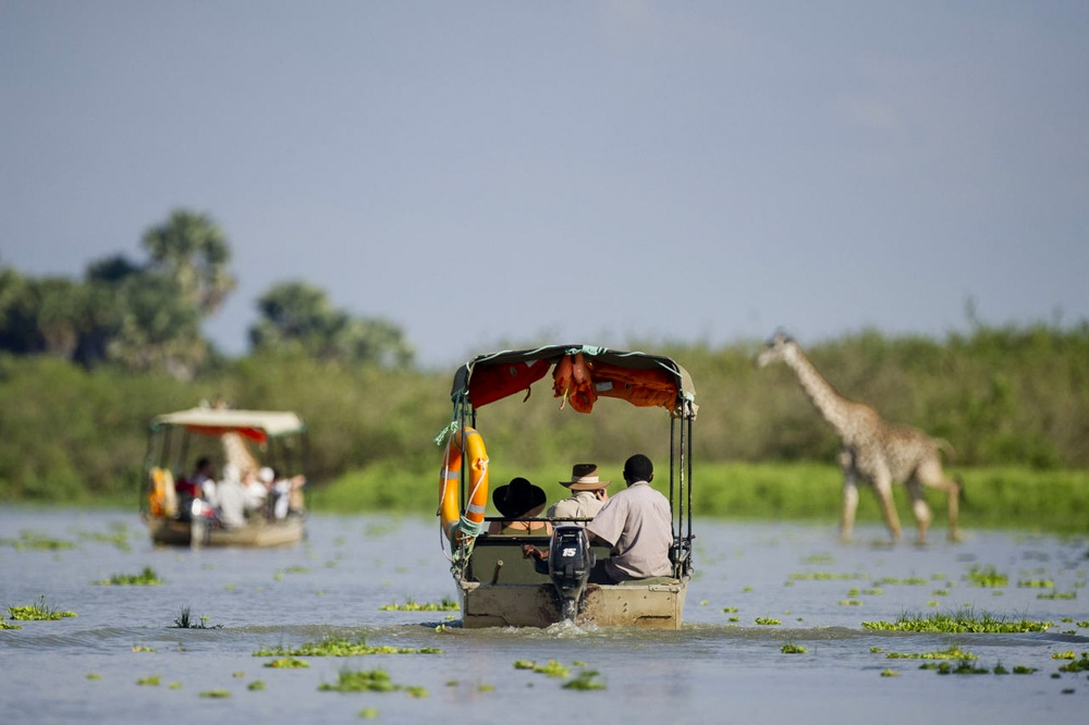 selous_boating-1